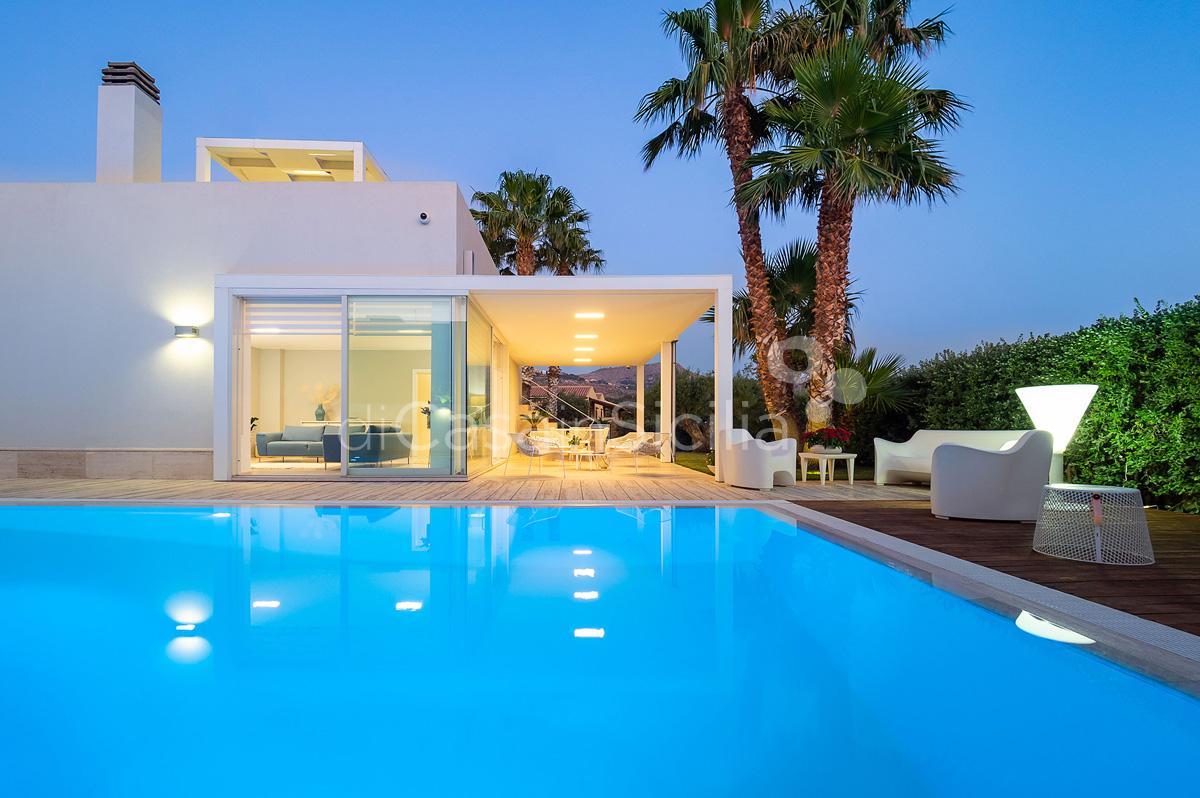 Villa Bellini Designer Villa zur Miete mit Pool in Cornino Sizilien - 1