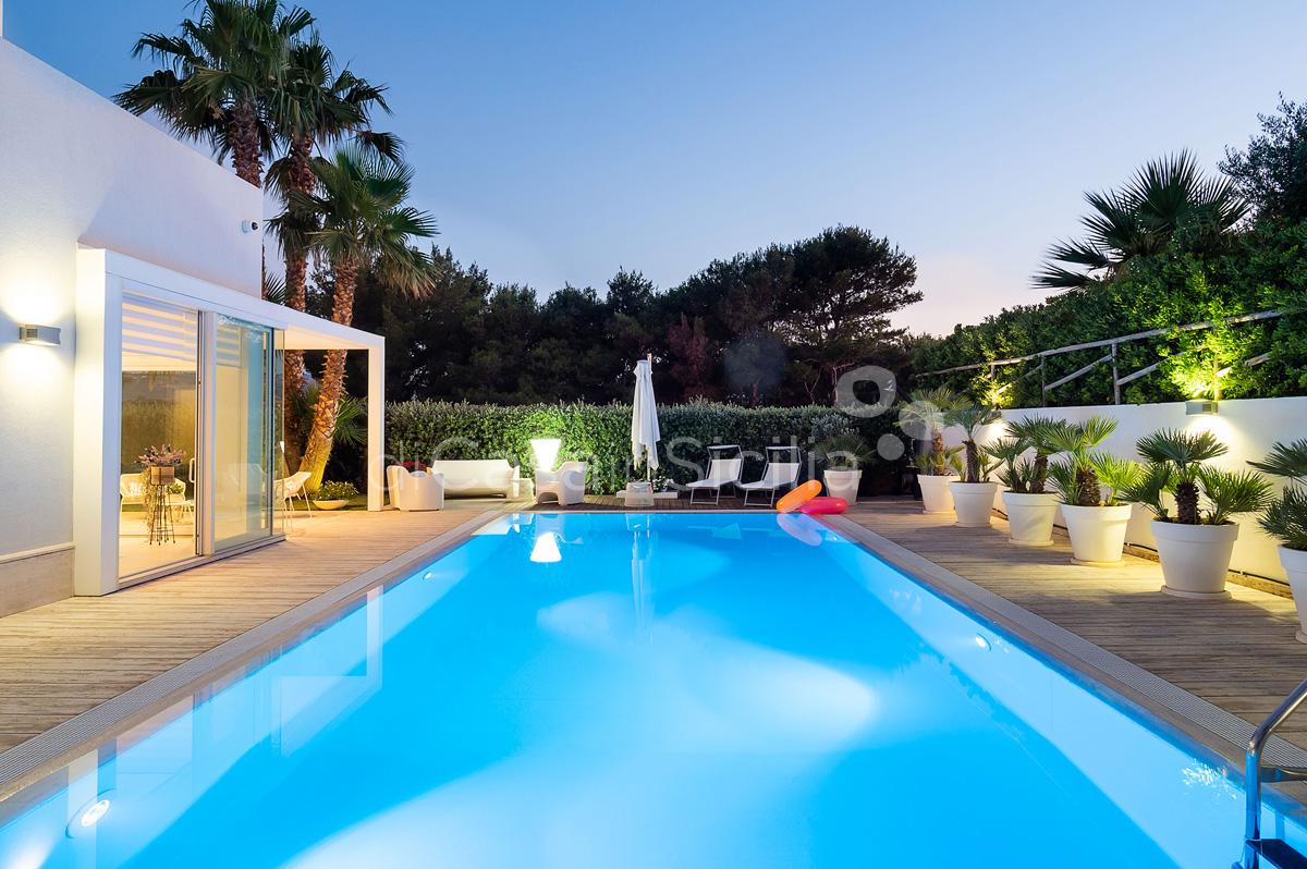 Villa Bellini Designer Villa zur Miete mit Pool in Cornino Sizilien - 5