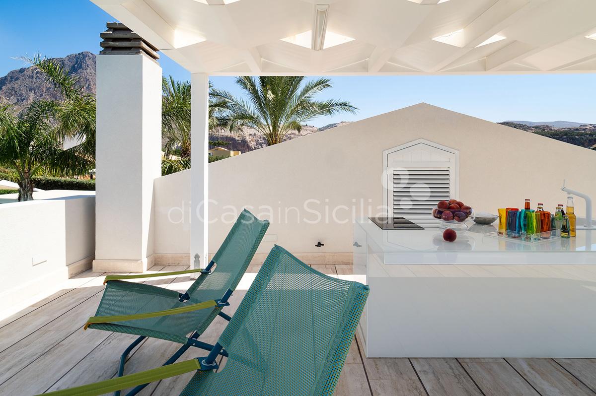 Villa Bellini Designer Villa zur Miete mit Pool in Cornino Sizilien - 13