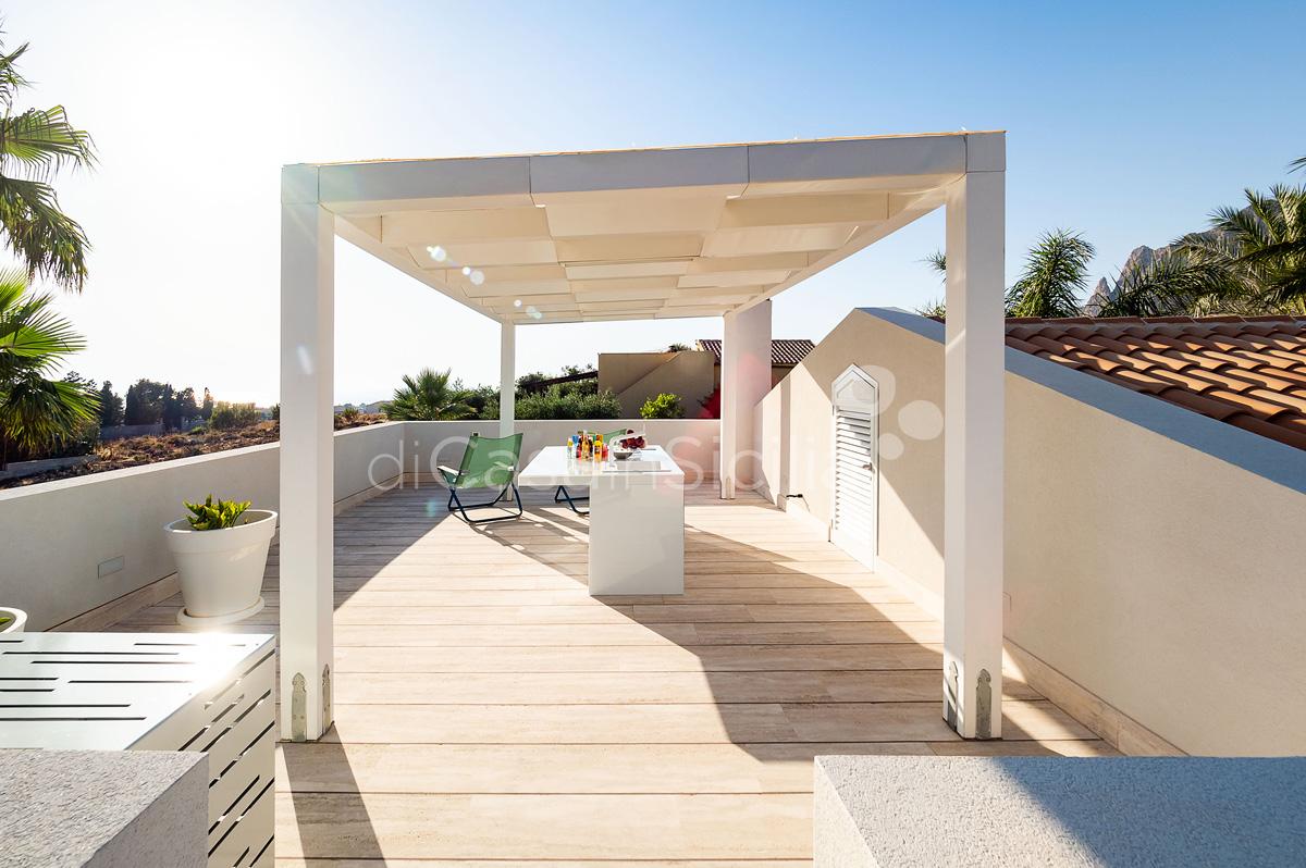 Villa Bellini Designer Villa zur Miete mit Pool in Cornino Sizilien - 14