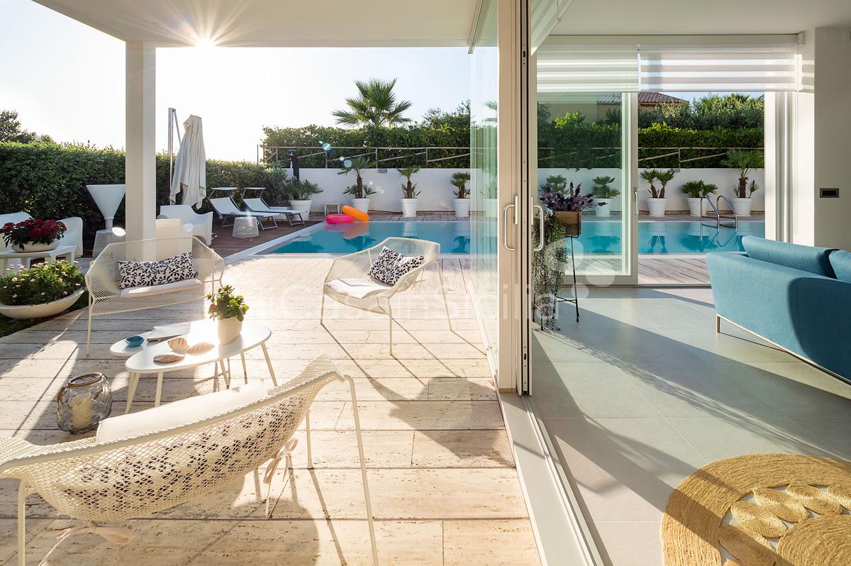 Villa Bellini Designer Villa zur Miete mit Pool in Cornino Sizilien - 20