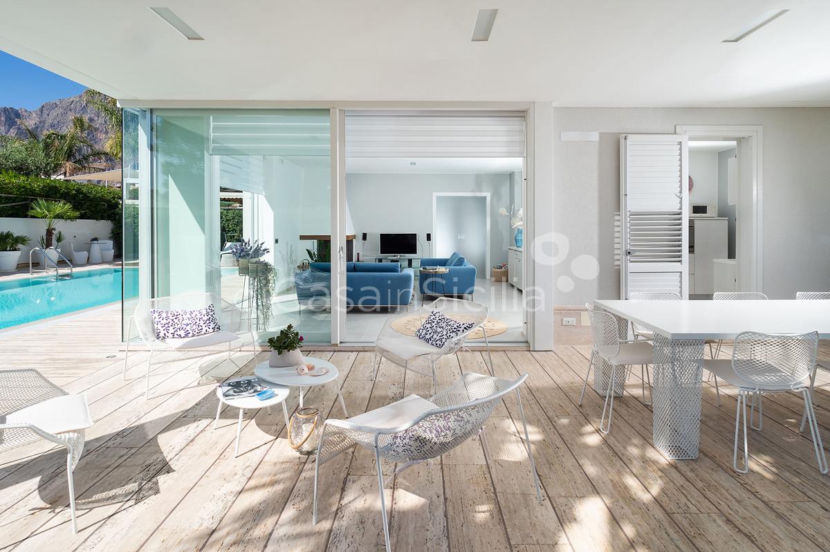 Villa Bellini Designer Villa zur Miete mit Pool in Cornino Sizilien - 21