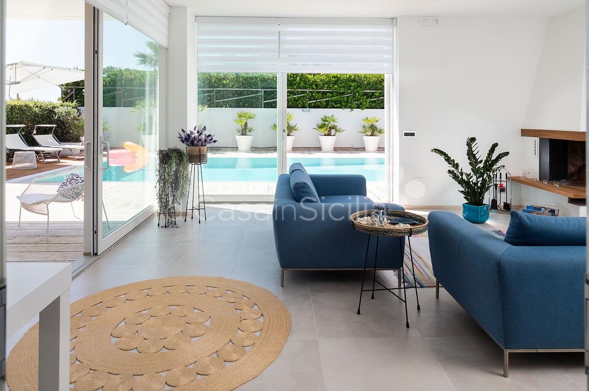 Villa Bellini Designer Villa zur Miete mit Pool in Cornino Sizilien - 22
