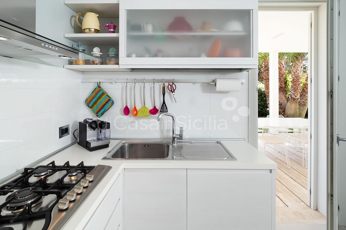 Villa Bellini Designer Villa zur Miete mit Pool in Cornino Sizilien - 27