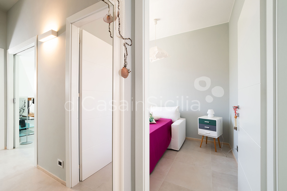 Villa Bellini Designer Villa zur Miete mit Pool in Cornino Sizilien - 35