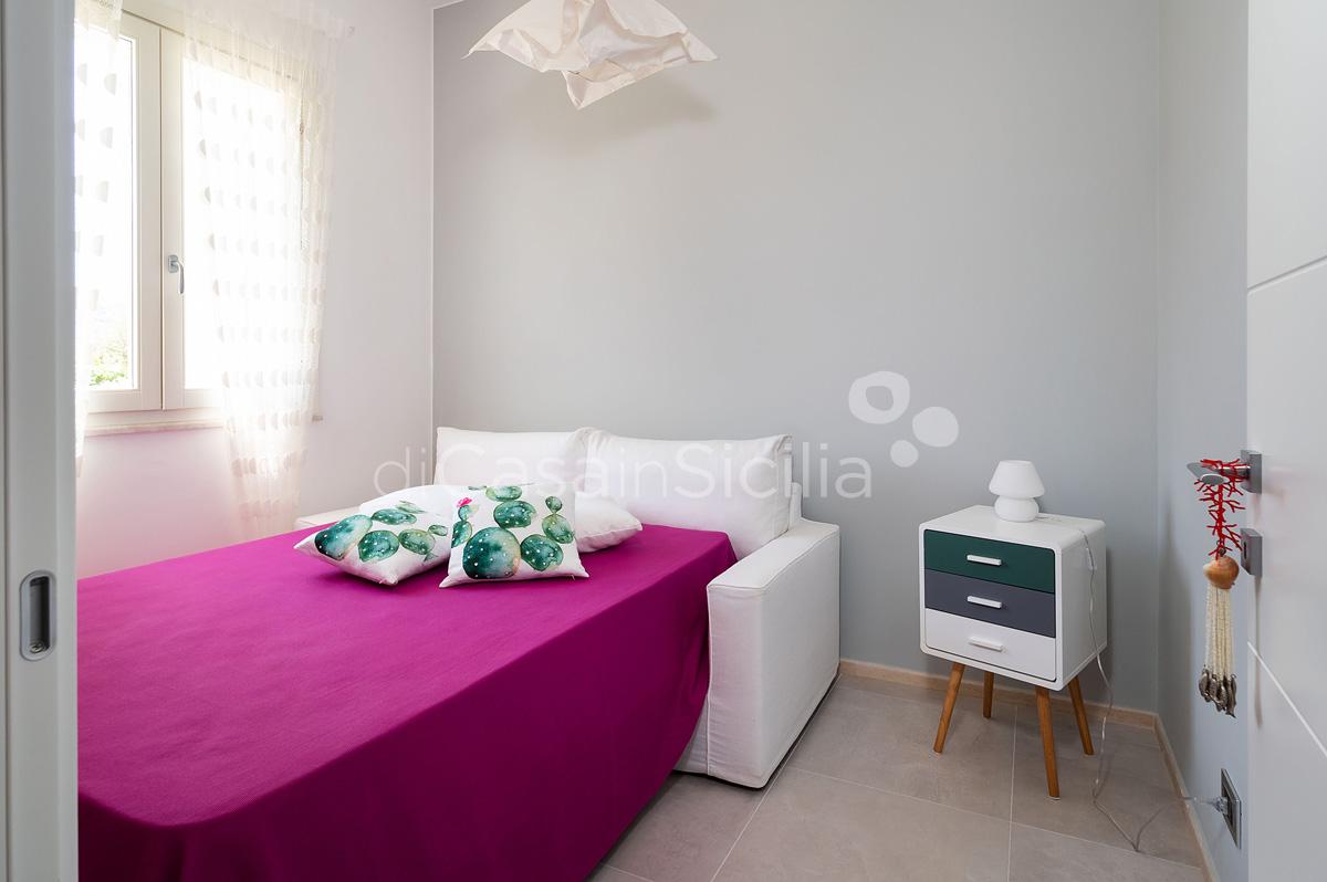 Villa Bellini Designer Villa zur Miete mit Pool in Cornino Sizilien - 36