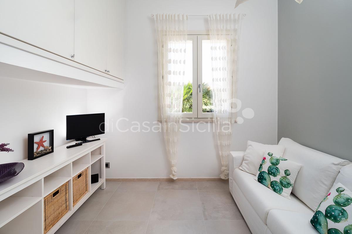 Villa Bellini Designer Villa zur Miete mit Pool in Cornino Sizilien - 38