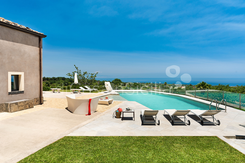La Torretta Luxury Villa with Pool and Spa for rent Mount Etna Sicily - 15