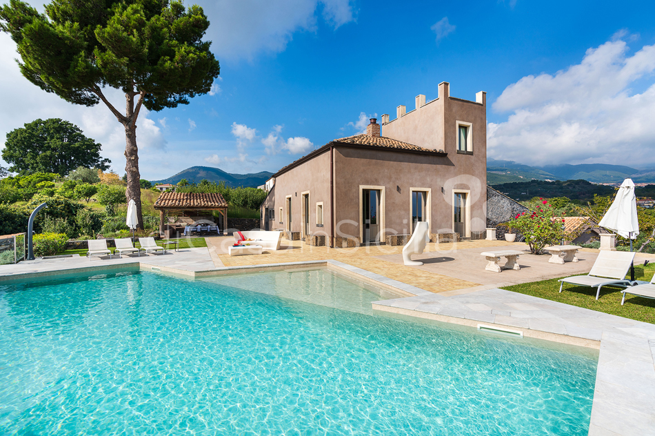 La Torretta Luxury Villa with Pool and Spa for rent Mount Etna Sicily - 20