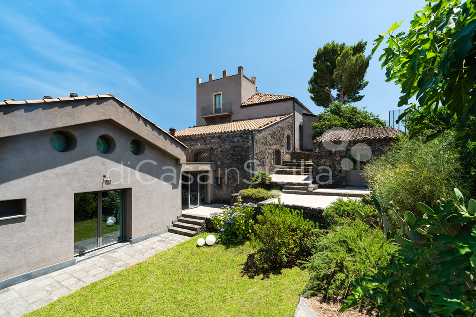 La Torretta Luxury Villa with Pool and Spa for rent Mount Etna Sicily - 22