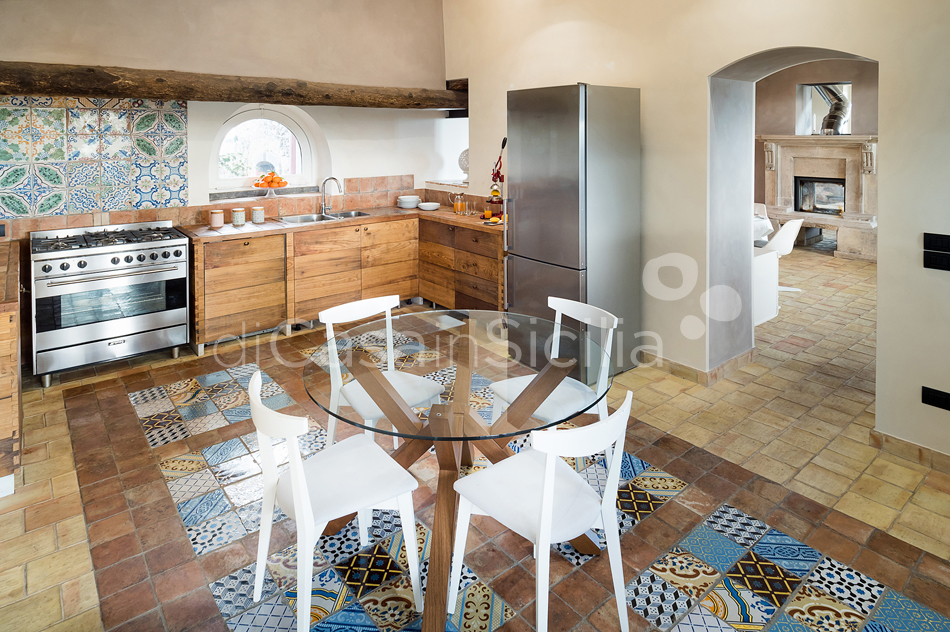 La Torretta Luxury Villa with Pool and Spa for rent Mount Etna Sicily - 30