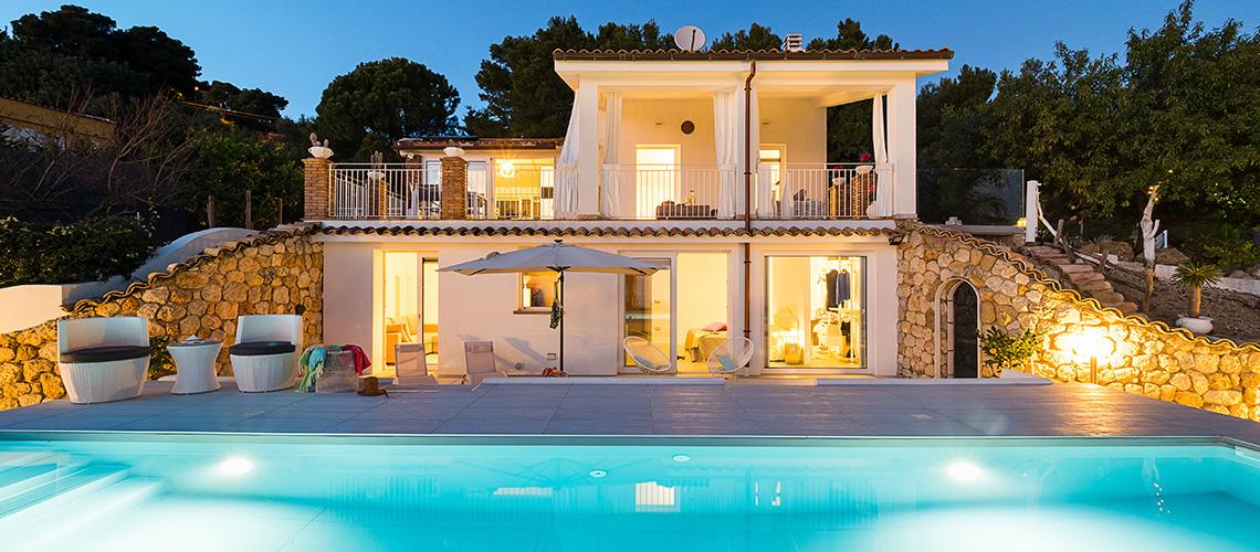 Villa Pales Villa am Meer mit Pool zur Miete in Licata Agrigento Sicilia - 0