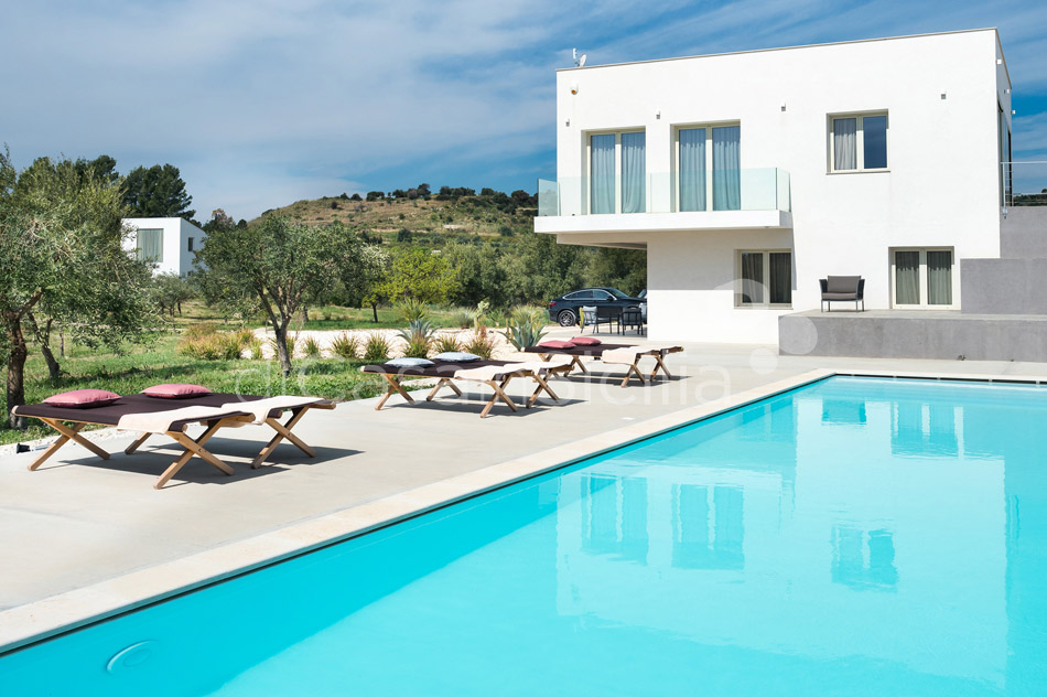 Contrada Luxury Design Villa with Pool for rent near Noto Sicily - 10
