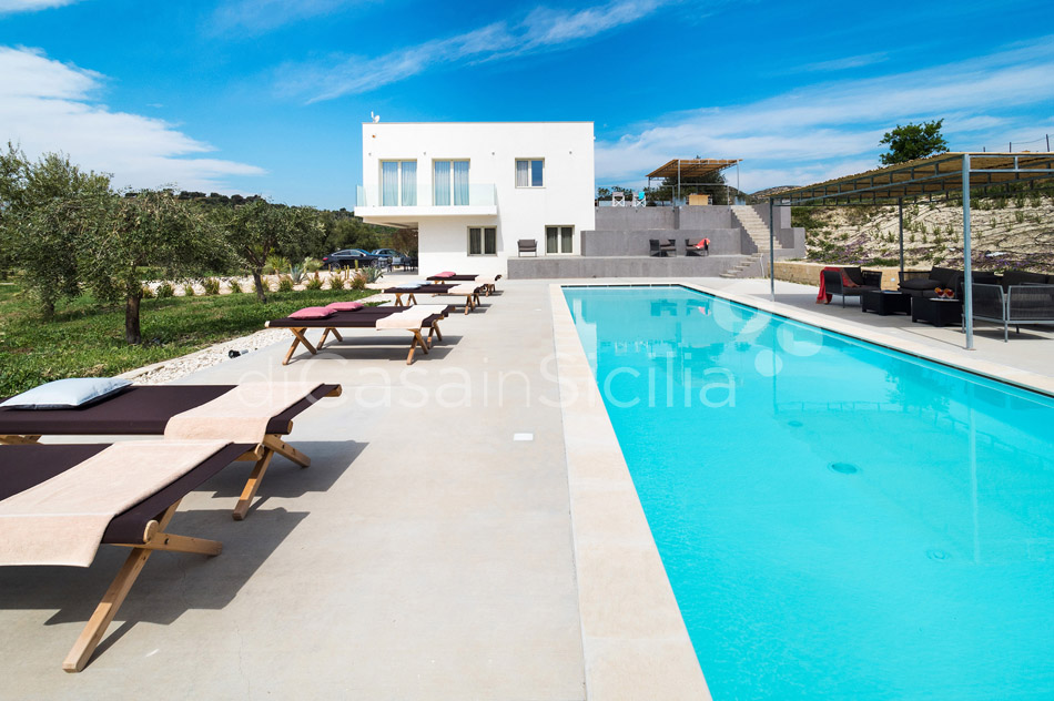 Contrada Luxury Design Villa with Pool for rent near Noto Sicily - 11