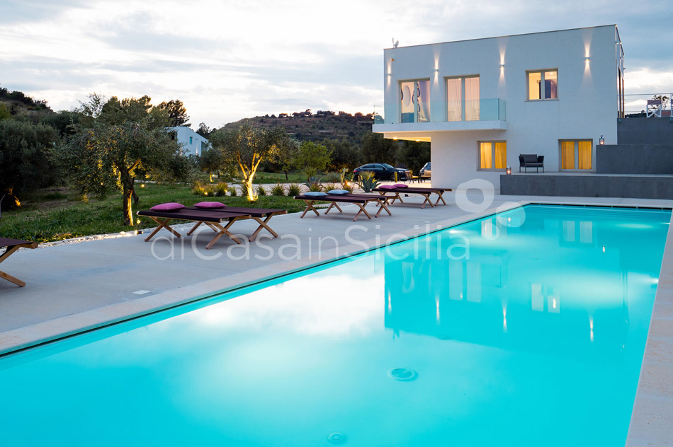 Contrada Luxury Design Villa with Pool for rent near Noto Sicily - 22