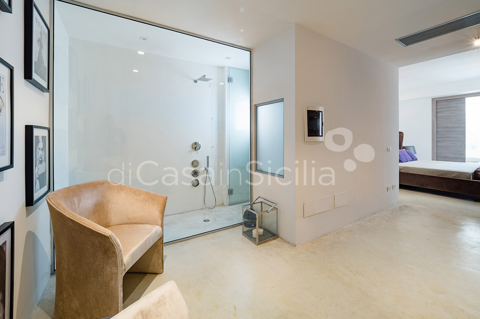 Contrada Luxury Design Villa with Pool for rent near Noto Sicily - 40