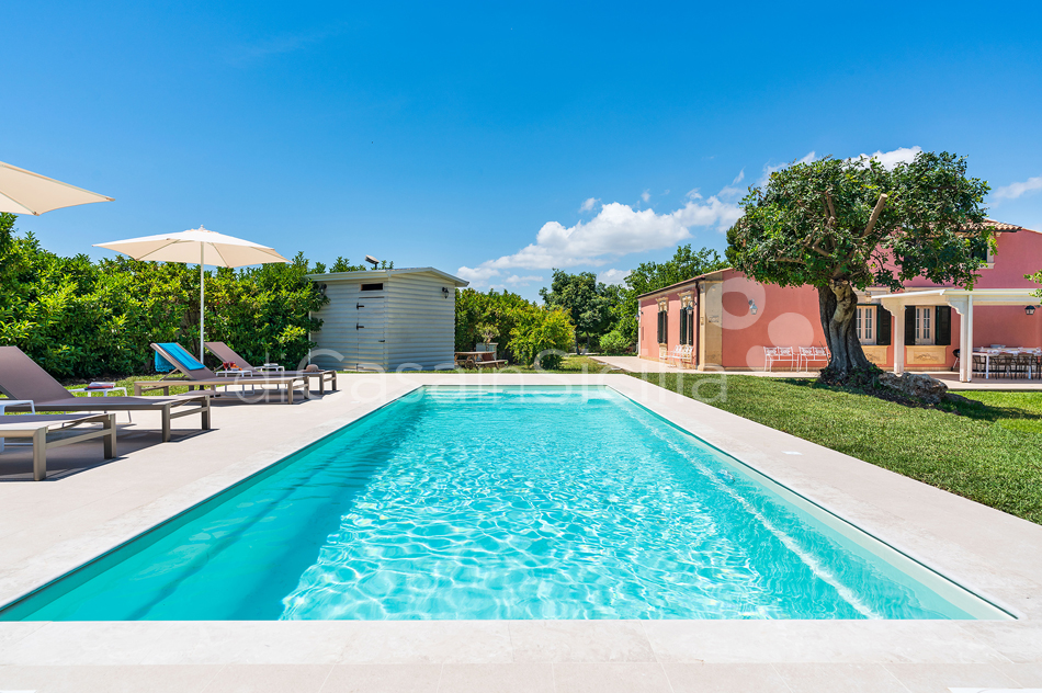Gira Sole Sicily Villa Rental with Pool by the Beach Fontane Bianche - 1