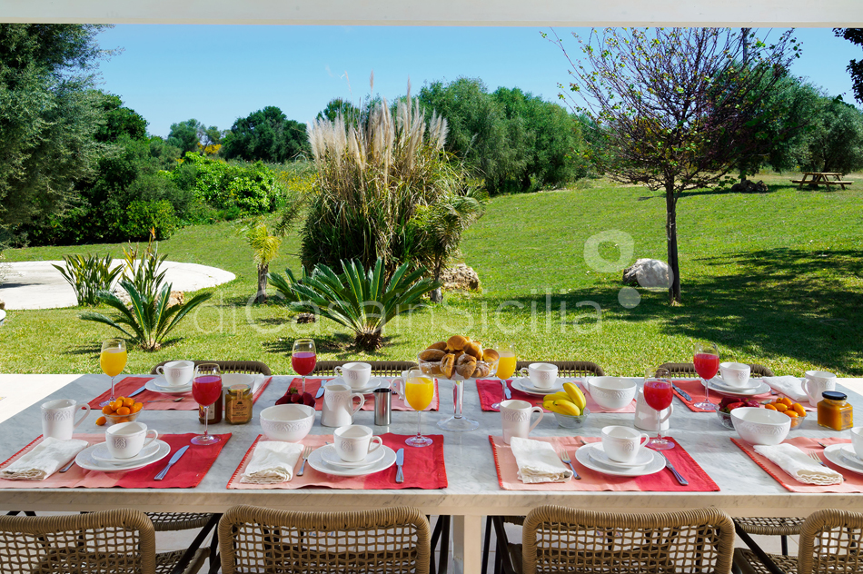 Gira Sole Sicily Villa Rental with Pool by the Beach Fontane Bianche - 15