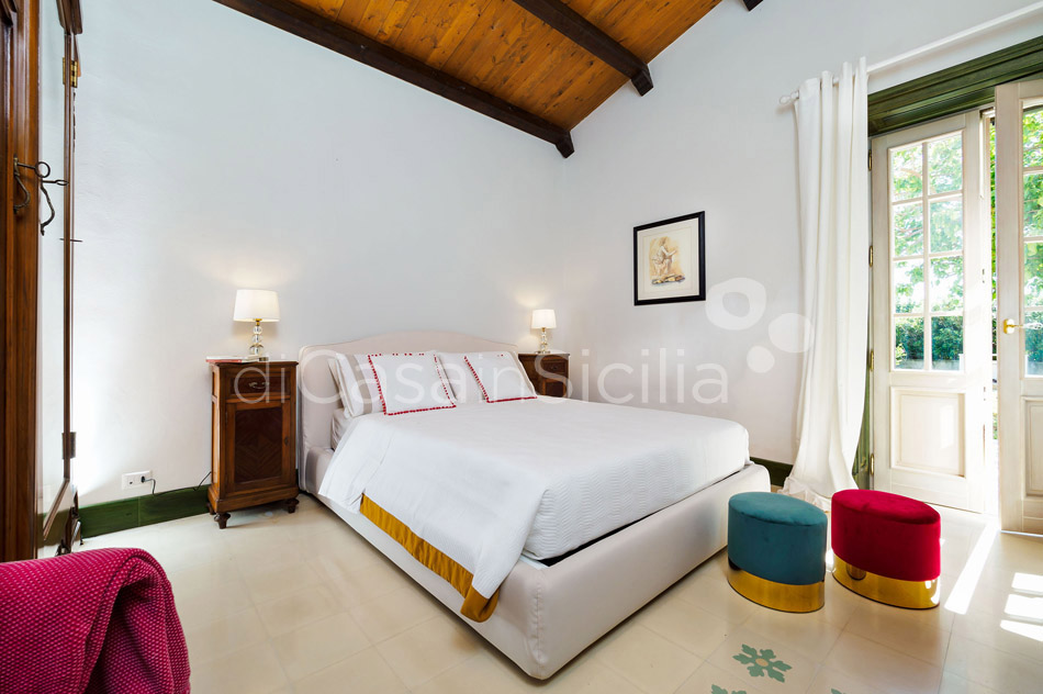 Gira Sole Sicily Villa Rental with Pool by the Beach Fontane Bianche - 32