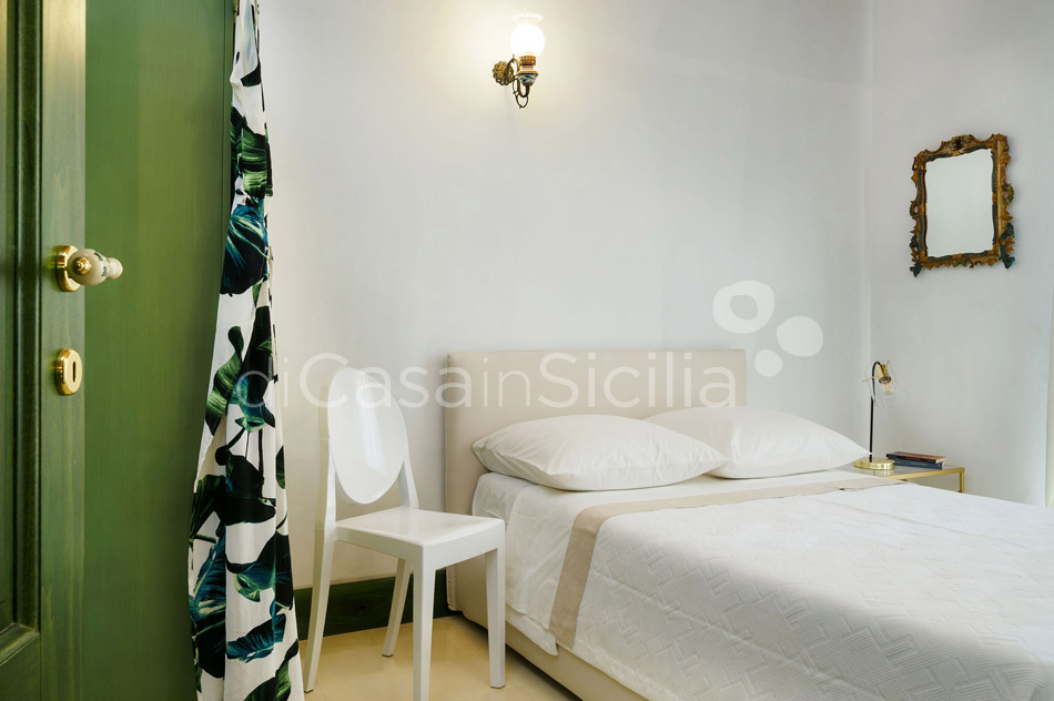 Gira Sole Sicily Villa Rental with Pool by the Beach Fontane Bianche - 36