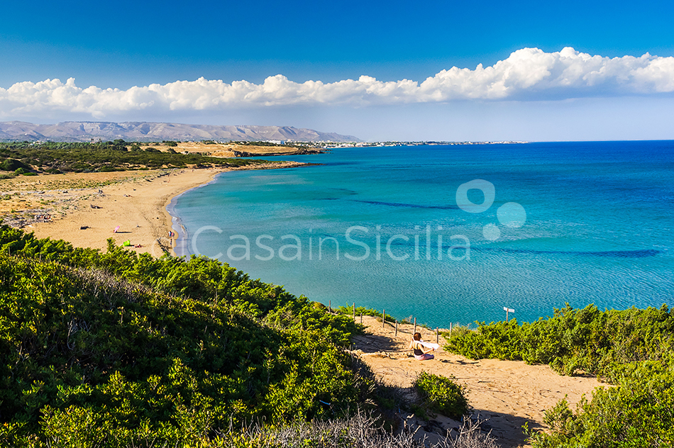 Gira Sole Sicily Villa Rental with Pool by the Beach Fontane Bianche - 48