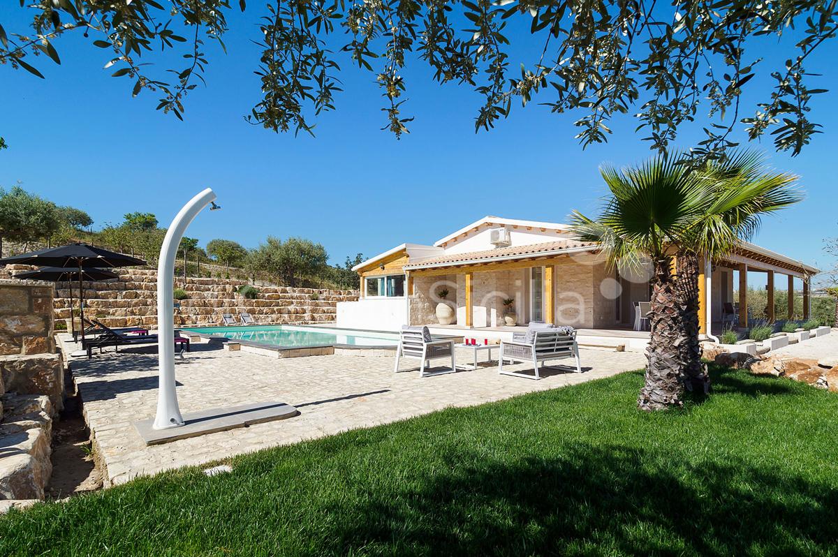 Villa Kika Villa con Piscina e Giardino in affitto vicino Noto Sicilia - 4