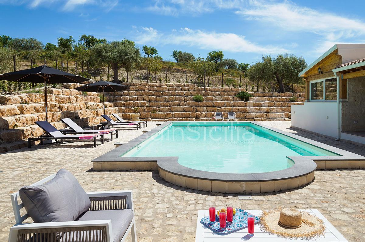 Villa Kika Villa con Piscina e Giardino in affitto vicino Noto Sicilia - 8