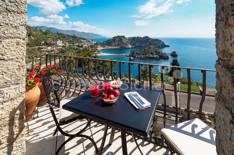 Torre Isola Bella Luxury Vacation Rental in Taormina Sicily - 8