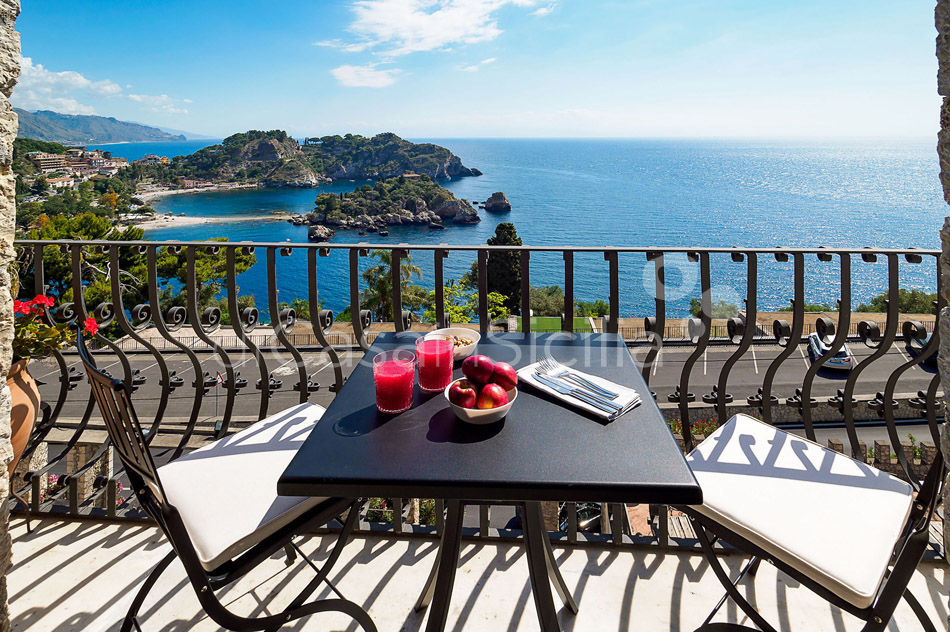 Torre Isola Bella Luxury Vacation Rental in Taormina Sicily - 9