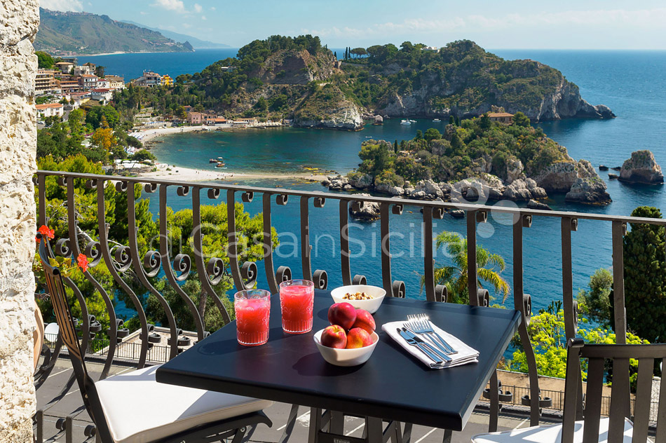 Torre Isola Bella Luxury Vacation Rental in Taormina Sicily - 10