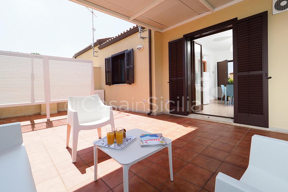 Case per vacanze al mare, Marina di Modica|Di Casa in Sicilia - 9