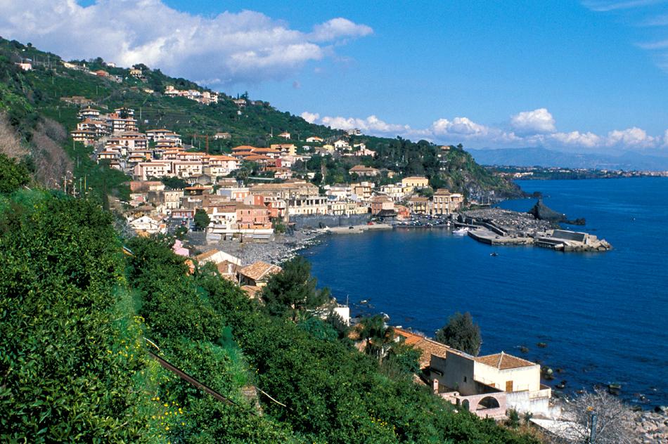 Case fronte mare nei borghi della Riviera Ionica|Di Casa in Sicilia - 13