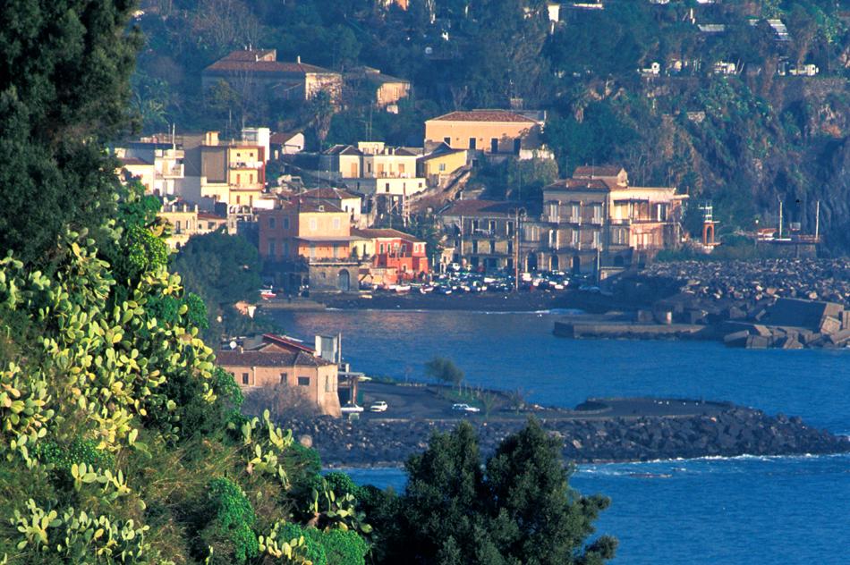 Case fronte mare nei borghi della Riviera Ionica|Di Casa in Sicilia - 14