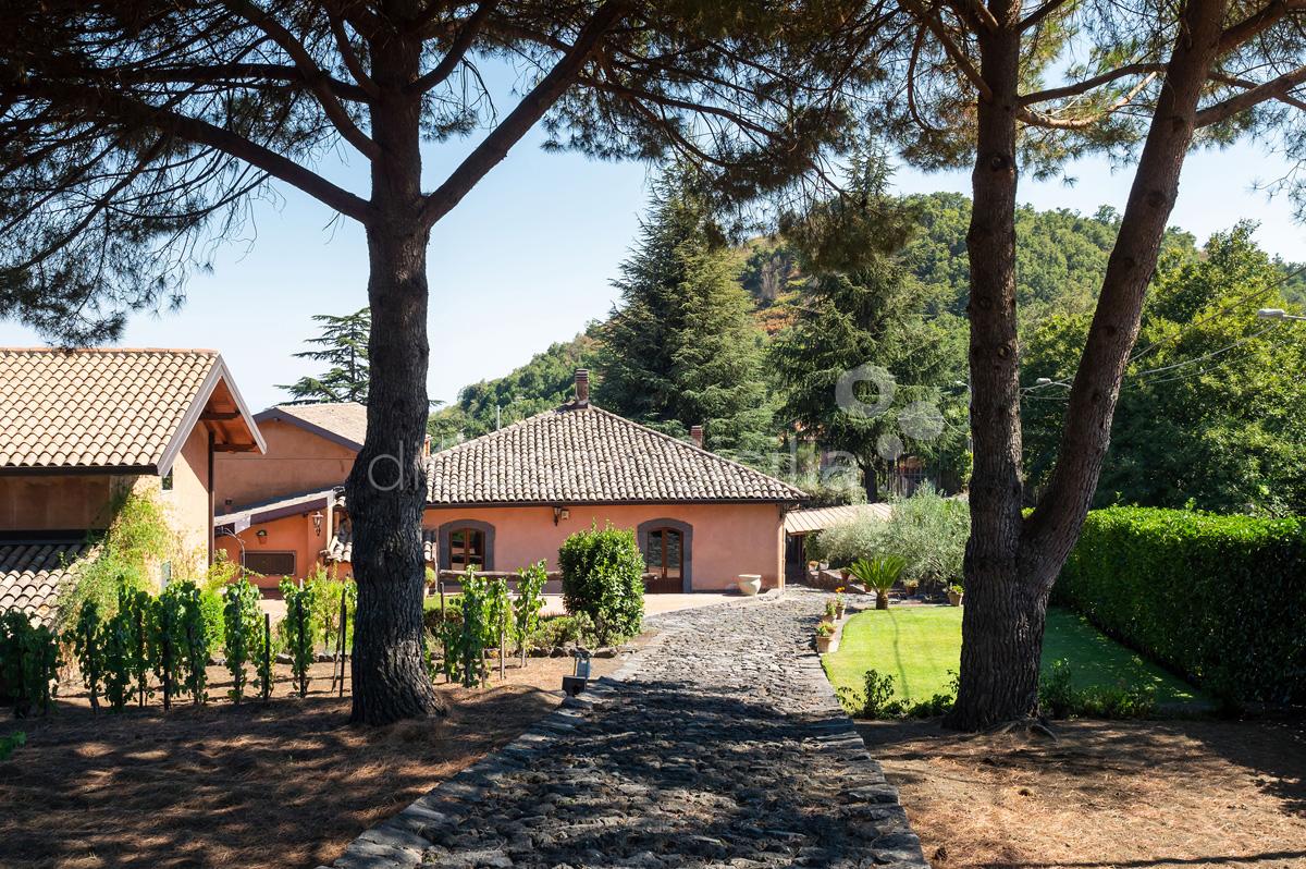 Palmento La Rosa Sicily Villa Rental with Pool Trecastagni Mount Etna - 14
