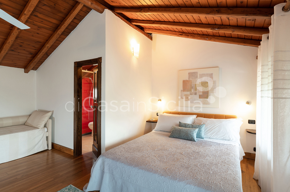 Palmento La Rosa Sicily Villa Rental with Pool Trecastagni Mount Etna - 48