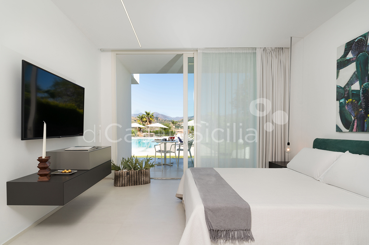 Villa Greta Luxury Villa with Pool and Garden near Taormina Sicily  - 29
