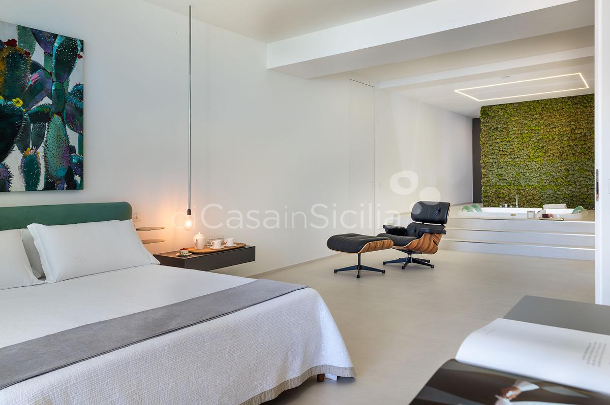 Villa Greta Luxury Villa with Pool and Garden near Taormina Sicily  - 31