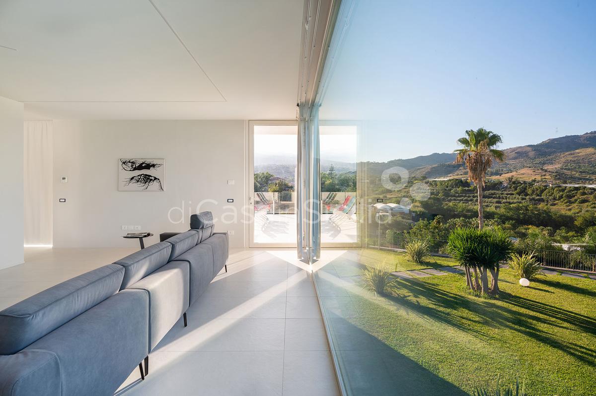 Villa Greta Luxury Villa with Pool and Garden near Taormina Sicily  - 45