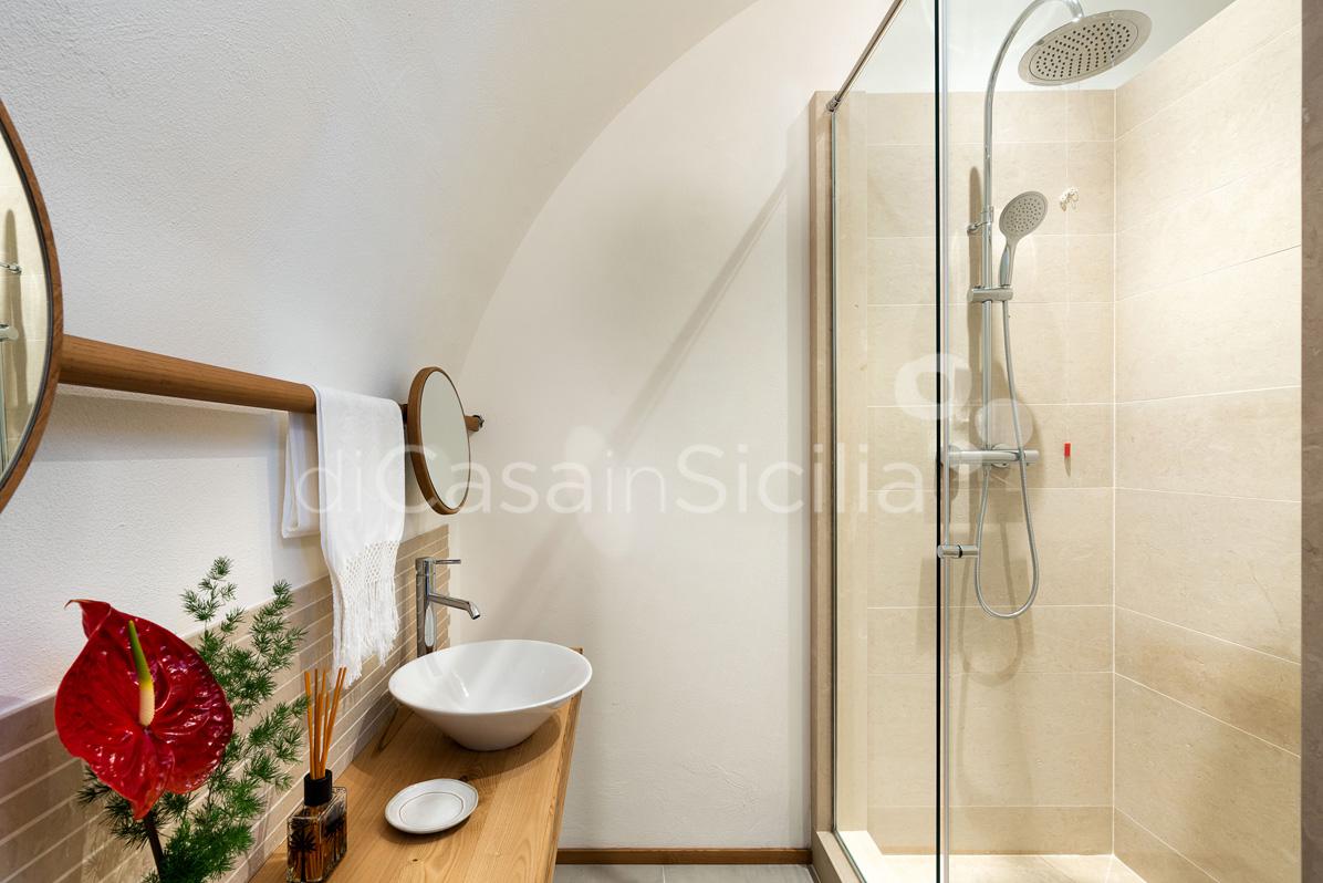 Tenuta della Contea Sicily Villa with Pool for rent near Mount Etna - 69