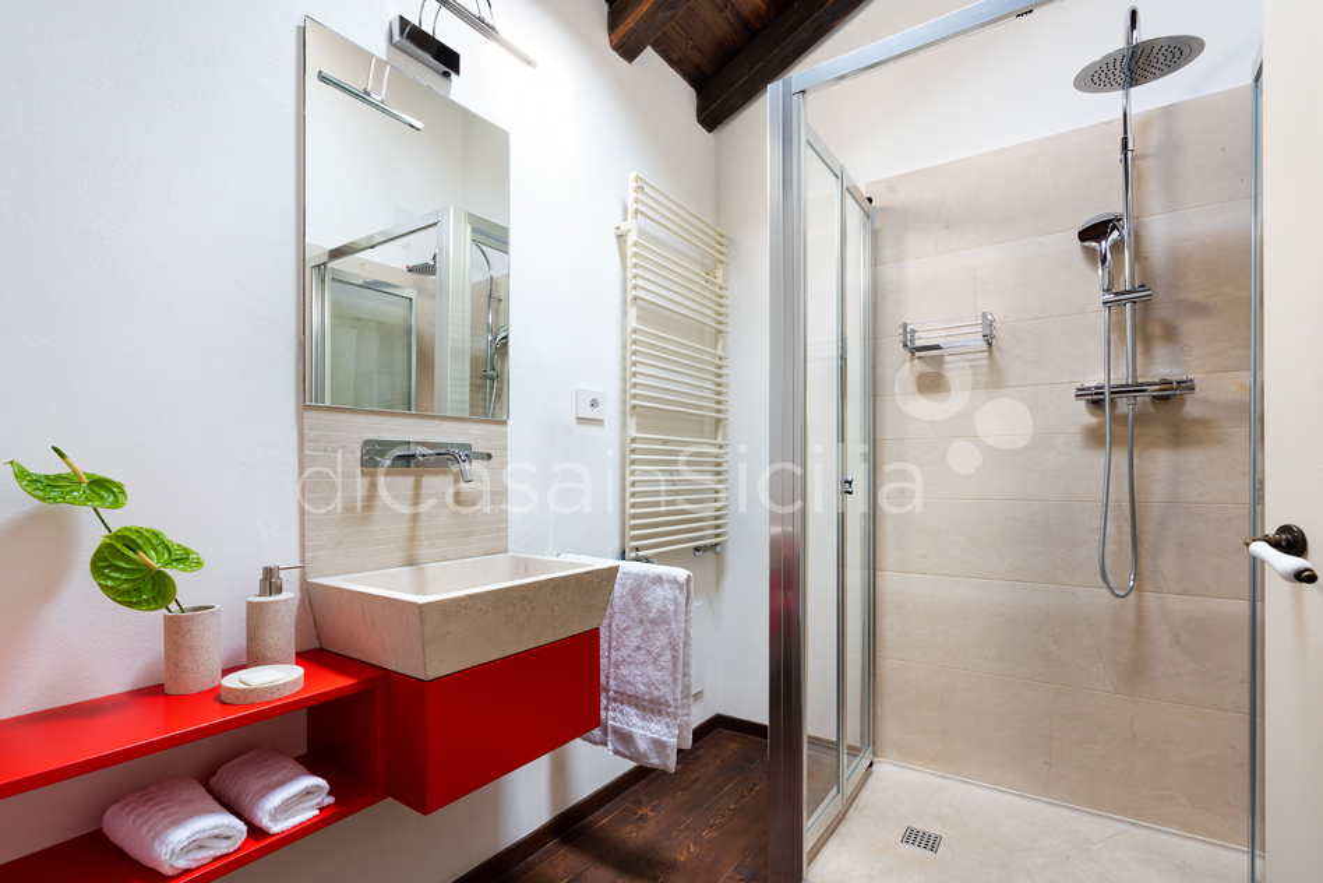 Tenuta della Contea Sicily Villa with Pool for rent near Mount Etna - 72