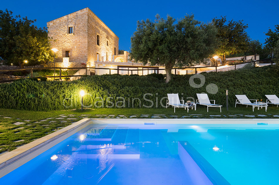 Corte Dorata Country Villa with Pool and Spa for rent Scicli Sicily - 8