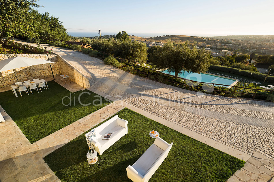 Corte Dorata Country Villa with Pool and Spa for rent Scicli Sicily - 13