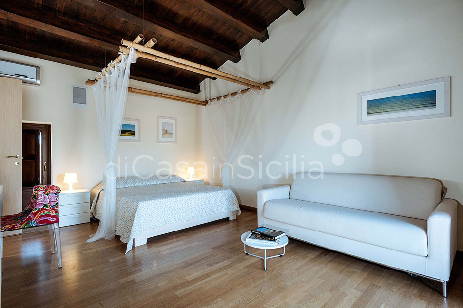 Corte Dorata Country Villa with Pool and Spa for rent Scicli Sicily - 31