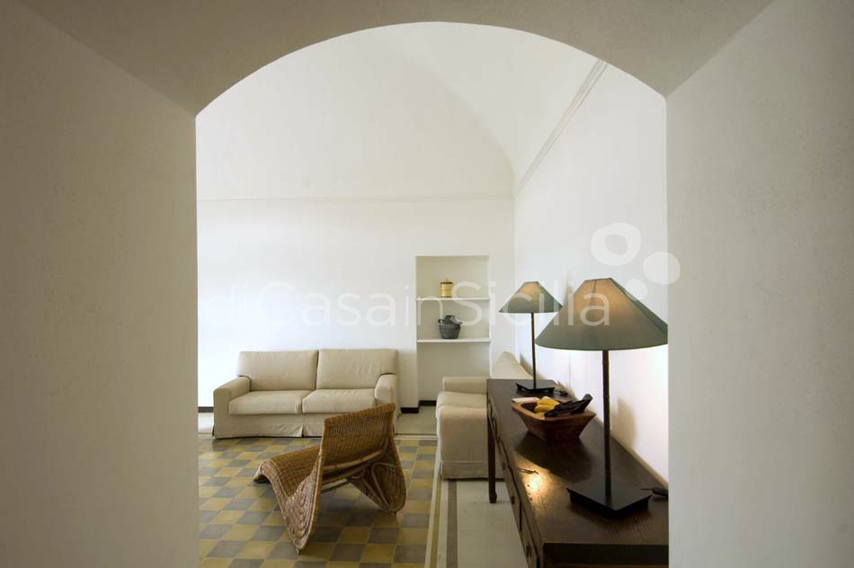 Country homes with pool in Ragusa | Di Casa in Sicilia - 9