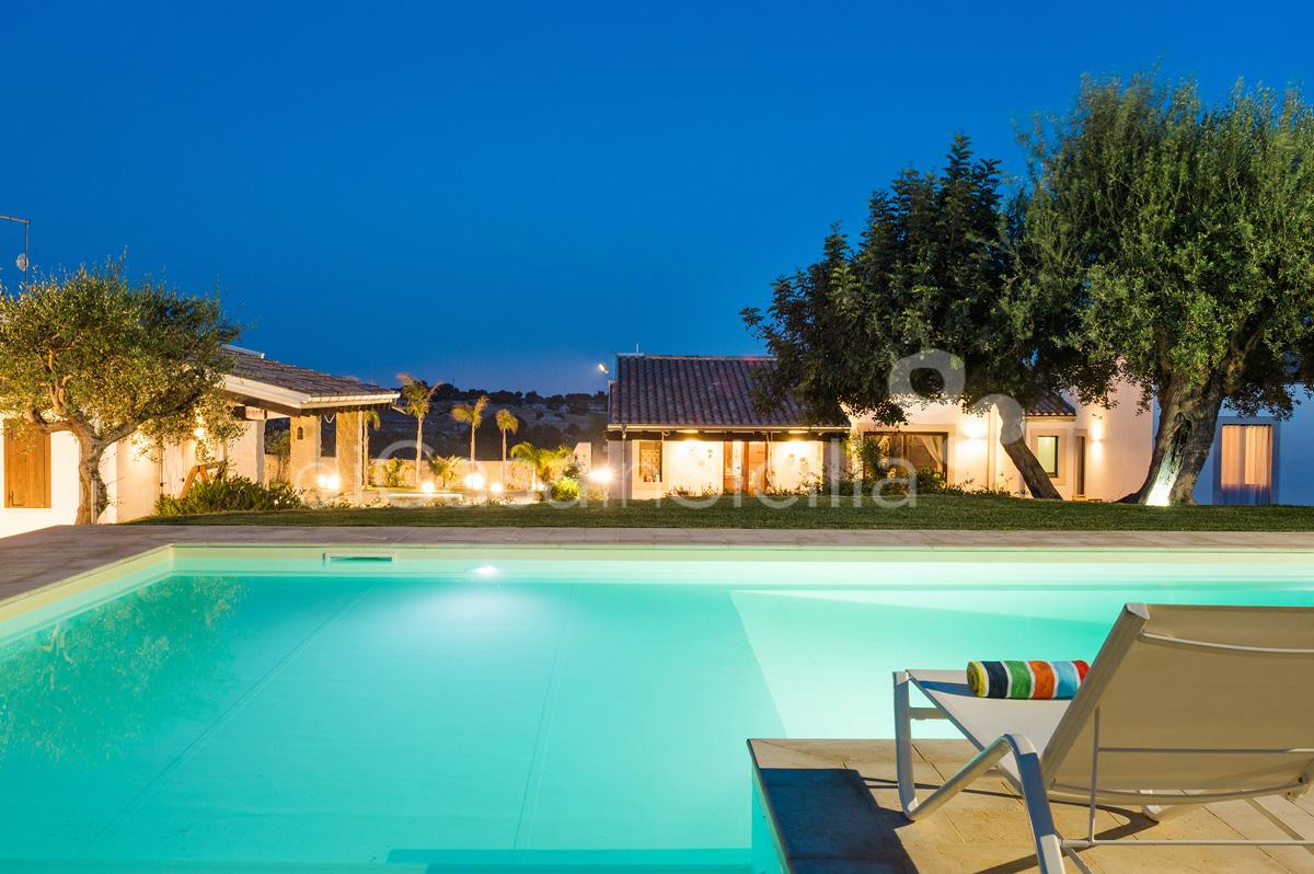 Corte Moscata Villa con Piscina in Campagna affitto Noto Sicilia - 12