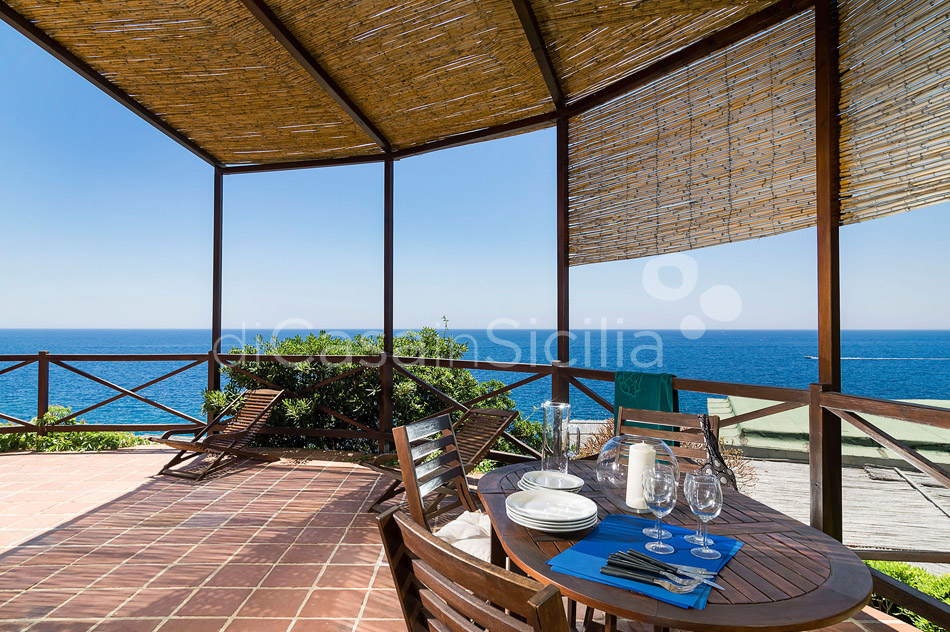 Costa Bianca Ferdinando Seafront House for rent Syracuse Sicily - 9