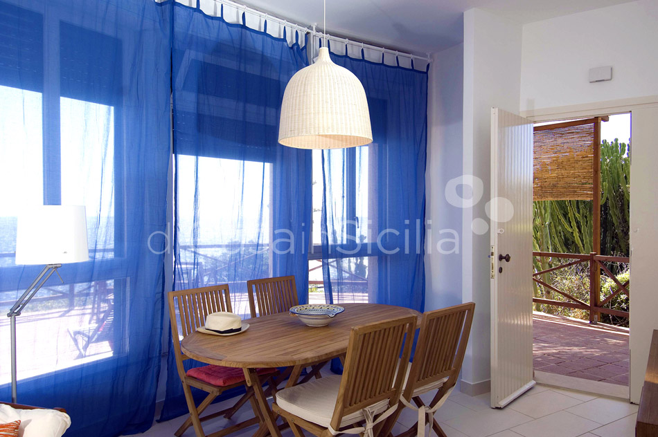 Costa Bianca Ferdinando Seafront House for rent Syracuse Sicily - 12