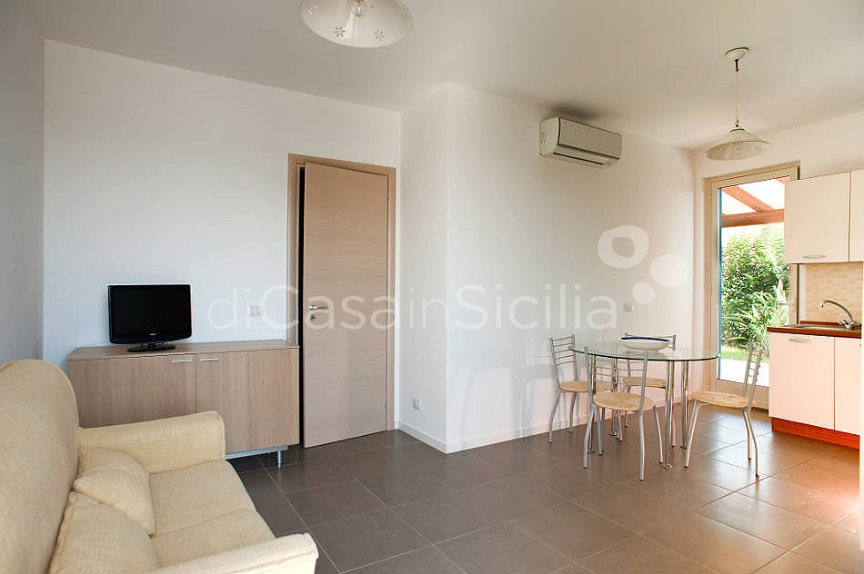 Dolce Mare 1 Apartment by the Beach for rent Marina di Modica Sicily - 5