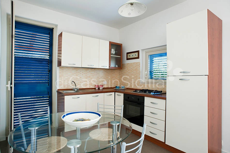 Dolce Mare 1 Apartment by the Beach for rent Marina di Modica Sicily - 6