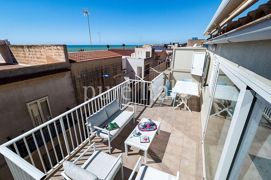 Seaside apartments near amenities, Ragusa   Pure Italy - 9